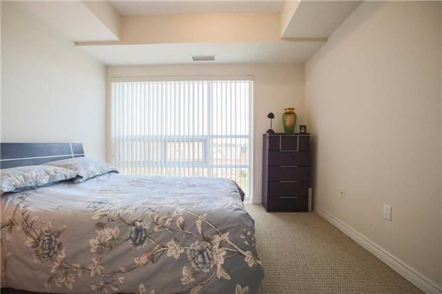 Condo Apartment at 1419 Costigan Rd, Unit 401, Milton, Ontario. Image 7