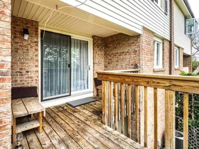 Townhouse at 1488 Credit Woodlands Crt, Mississauga, Ontario. Image 5