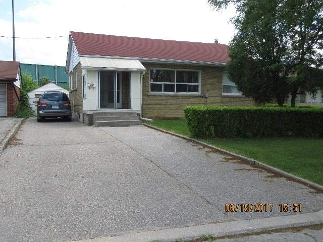 Detached at 135 Downsview Ave, Toronto, Ontario. Image 1
