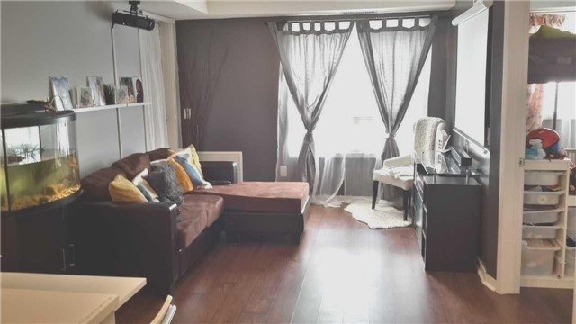 Condo Apartment at 8 Dayspring Circ, Unit 1116, Brampton, Ontario. Image 1