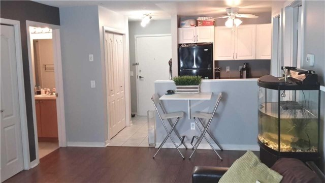 Condo Apartment at 8 Dayspring Circ, Unit 1116, Brampton, Ontario. Image 2