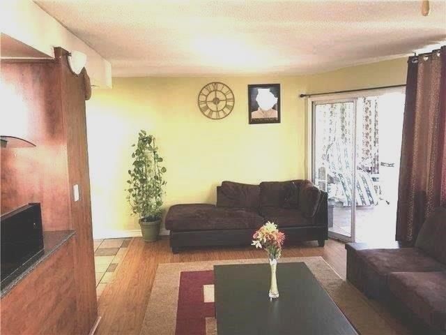 Condo Apartment at 10 Markbrook Lane, Unit 1612, Toronto, Ontario. Image 14