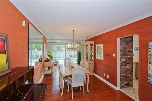 Detached at 86 Mill Rd, Toronto, Ontario. Image 14