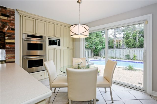 Detached at 86 Mill Rd, Toronto, Ontario. Image 18