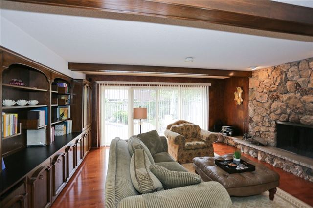 Detached at 86 Mill Rd, Toronto, Ontario. Image 19