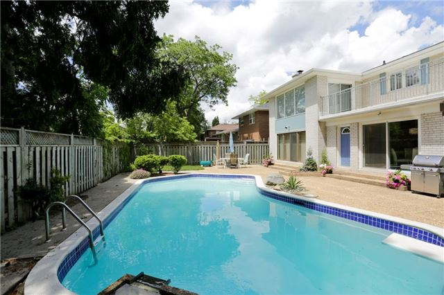 Detached at 86 Mill Rd, Toronto, Ontario. Image 13