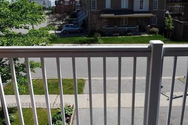 Townhouse at 2422 Adamvale Cres, Oakville, Ontario. Image 13