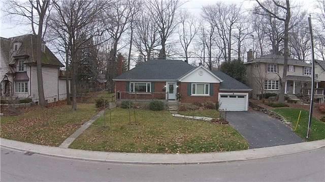 Detached at 3035 Woodland Park Dr, Burlington, Ontario. Image 15