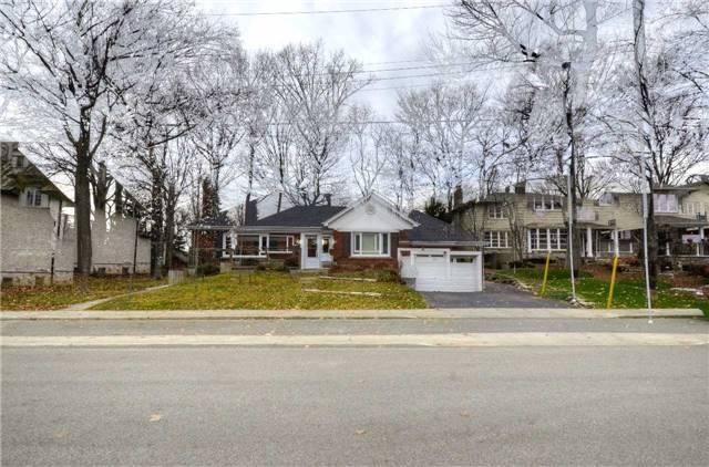 Detached at 3035 Woodland Park Dr, Burlington, Ontario. Image 8
