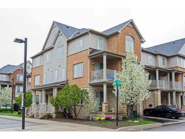Townhouse at 624 Maude Common, Burlington, Ontario. Image 1