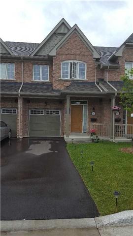 Condo Townhouse at 92 Honeyview Tr, Brampton, Ontario. Image 1