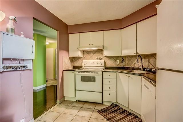 Condo Apartment at 61 Markbrook Lane, Unit 1406, Toronto, Ontario. Image 3