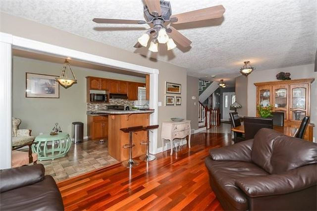 Detached at 31 Settlers Rd, Orangeville, Ontario. Image 16