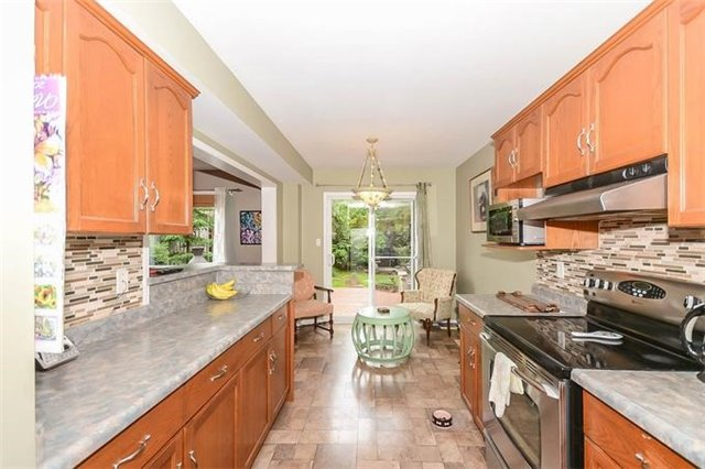 Detached at 31 Settlers Rd, Orangeville, Ontario. Image 18