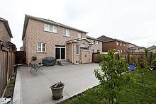 Detached at 25 Fossil St, Brampton, Ontario. Image 13