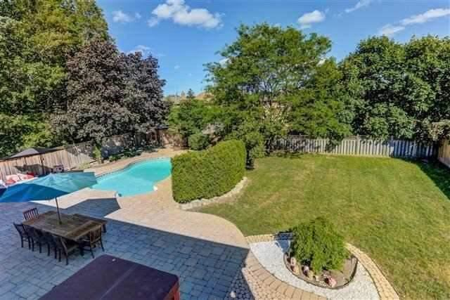 Detached at 3629 East Park Crt, Mississauga, Ontario. Image 16