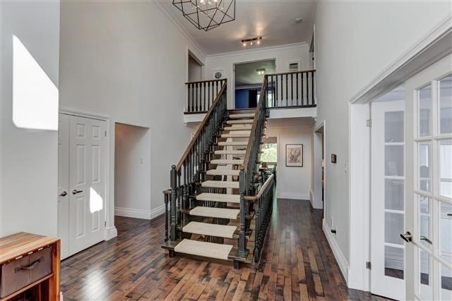 Detached at 3629 East Park Crt, Mississauga, Ontario. Image 17