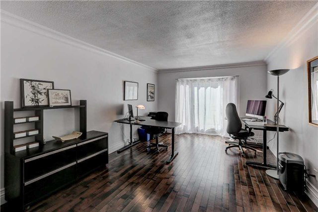 Detached at 3629 East Park Crt, Mississauga, Ontario. Image 8