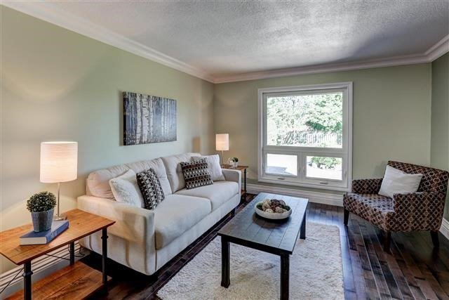 Detached at 3629 East Park Crt, Mississauga, Ontario. Image 10