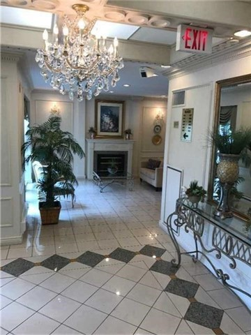 Condo Apartment at 2075 Amherst Heights Dr, Unit 404, Burlington, Ontario. Image 5