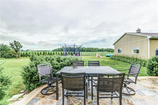Detached at 1730 Old School Rd, Caledon, Ontario. Image 10