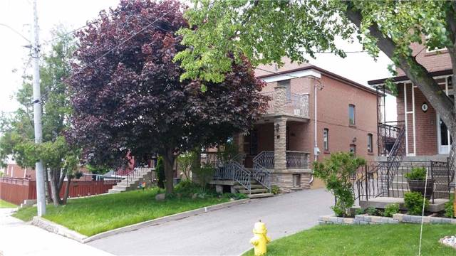 Semi-detached at 4 Bertram St, Toronto, Ontario. Image 1