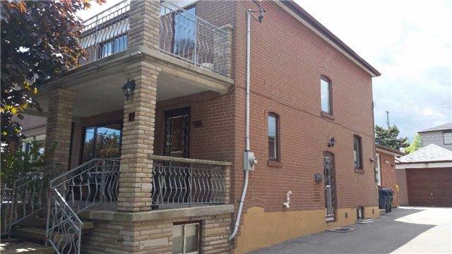 Semi-detached at 4 Bertram St, Toronto, Ontario. Image 12