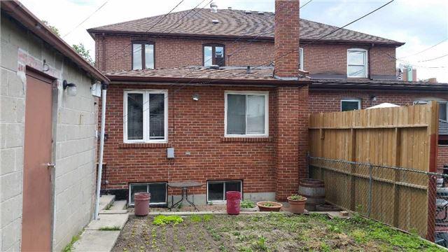 Semi-detached at 4 Bertram St, Toronto, Ontario. Image 13