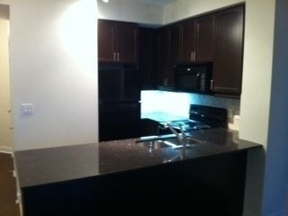 Condo Apartment at 80 Absolute Ave, Unit 1705, Mississauga, Ontario. Image 3