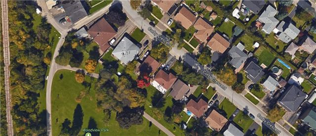 Semi-detached at 96 Corby Cres, Brampton, Ontario. Image 13