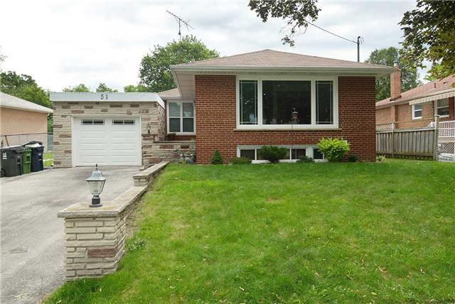 Detached at 51 Alhart Dr, Toronto, Ontario. Image 5