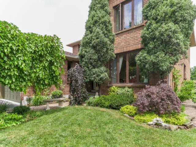 Detached at 1319 Greenwood Cres, Oakville, Ontario. Image 14