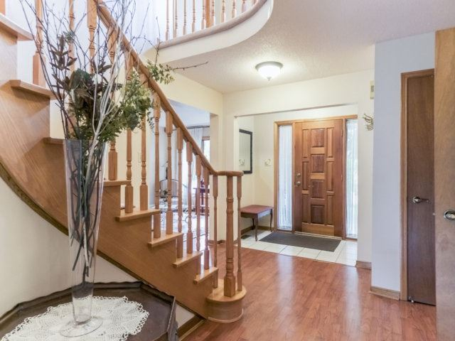 Detached at 1319 Greenwood Cres, Oakville, Ontario. Image 15