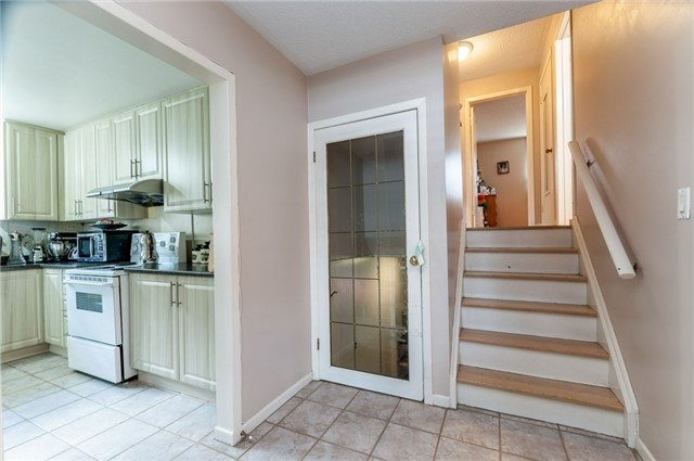 Detached at 14 Netherly Dr, Toronto, Ontario. Image 13