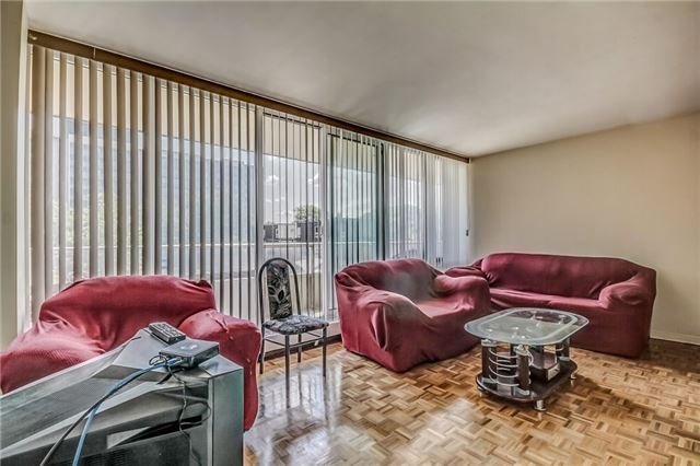 Condo Apartment at 25 Four Winds Dr, Unit 307, Toronto, Ontario. Image 6