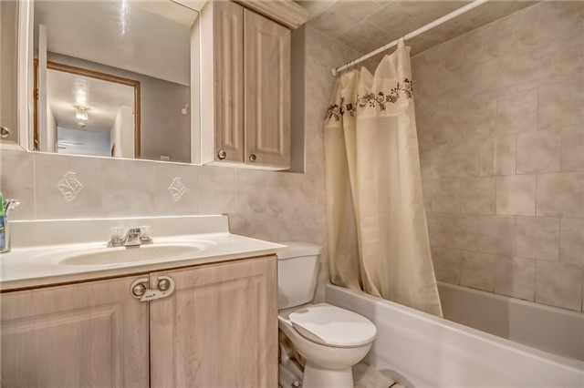 Condo Apartment at 25 Four Winds Dr, Unit 307, Toronto, Ontario. Image 10