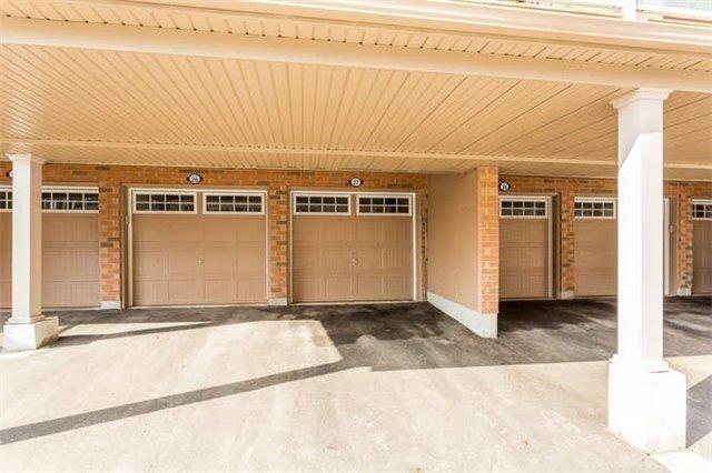 Condo Townhouse at 180 Howden Blvd, Unit 27, Brampton, Ontario. Image 4