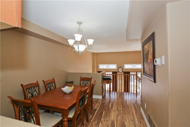 Condo Townhouse at 6060 Snowy Owl Cres, Unit 43, Mississauga, Ontario. Image 14