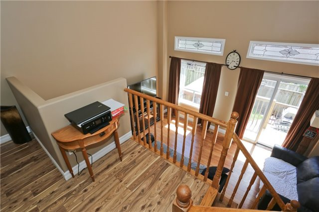 Condo Townhouse at 6060 Snowy Owl Cres, Unit 43, Mississauga, Ontario. Image 16
