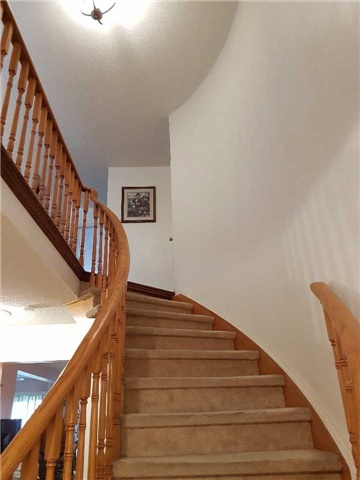 Condo Townhouse at 734 Winterton Way, Unit 4, Mississauga, Ontario. Image 14