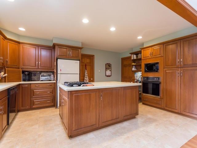 Detached at 14244 Regional Road 25 Rd, Halton Hills, Ontario. Image 2