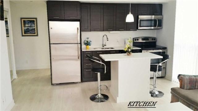 Condo Apartment at 2212 Lake Shore Blvd W, Unit 3708, Toronto, Ontario. Image 4