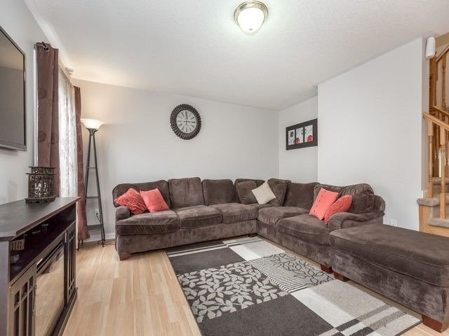 Detached at 22 Patience Dr, Brampton, Ontario. Image 16