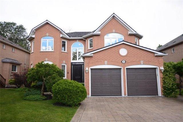 Detached at 31 Gooderham Dr, Halton Hills, Ontario. Image 1