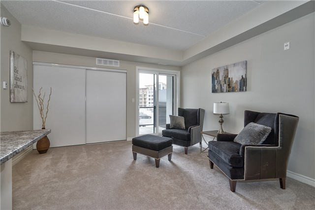 Condo Apartment at 640 Sauve St, Unit 222, Milton, Ontario. Image 11