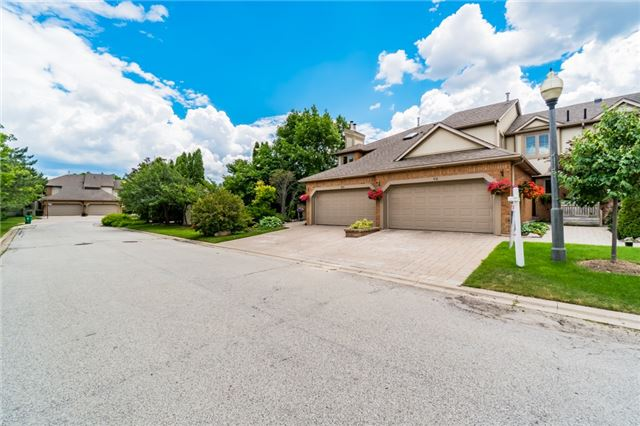 Condo Townhouse at 1724 The Chase Dr, Unit 19, Mississauga, Ontario. Image 12