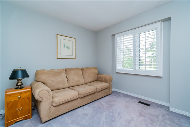 Condo Townhouse at 1724 The Chase Dr, Unit 19, Mississauga, Ontario. Image 10