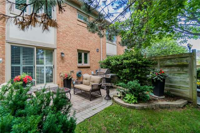 Condo Townhouse at 1724 The Chase Dr, Unit 19, Mississauga, Ontario. Image 13