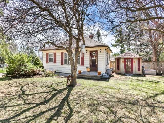 Detached at 16218 Airport Rd, Caledon, Ontario. Image 15