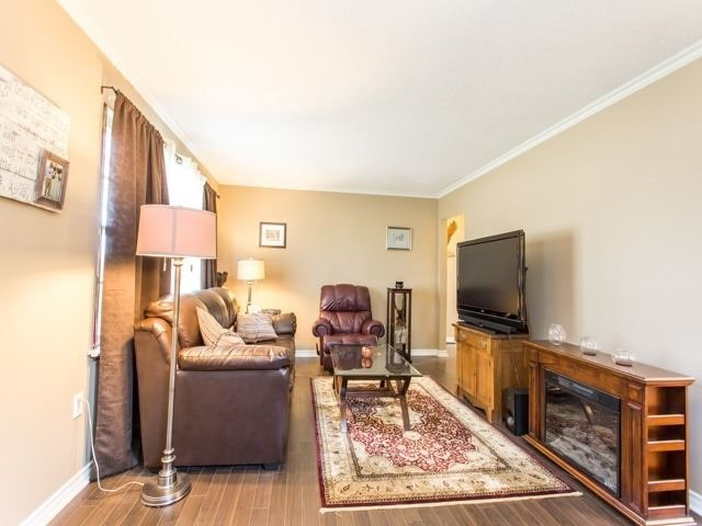 Detached at 16218 Airport Rd, Caledon, Ontario. Image 19